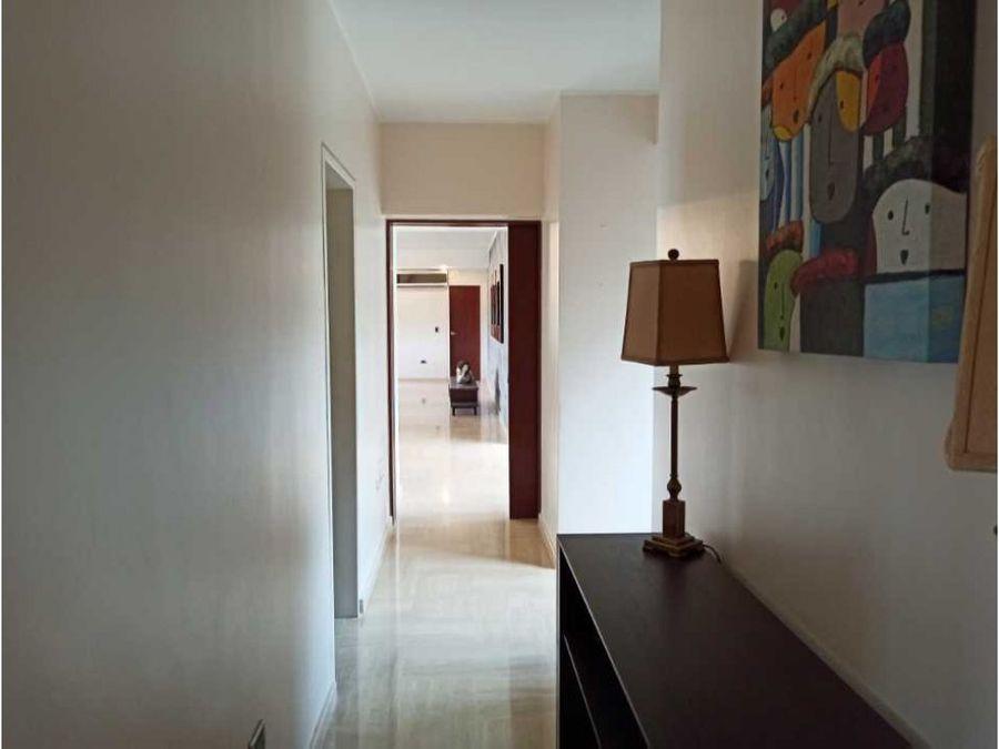 venta de apartamento amoblado en el solar del hatillo