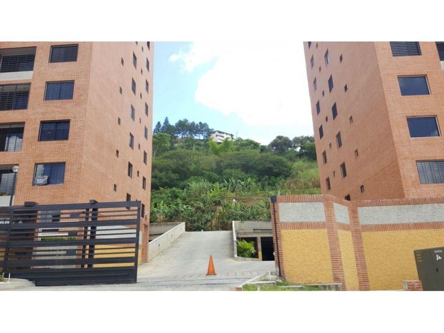 venta de apartamento en colinas de la tahona