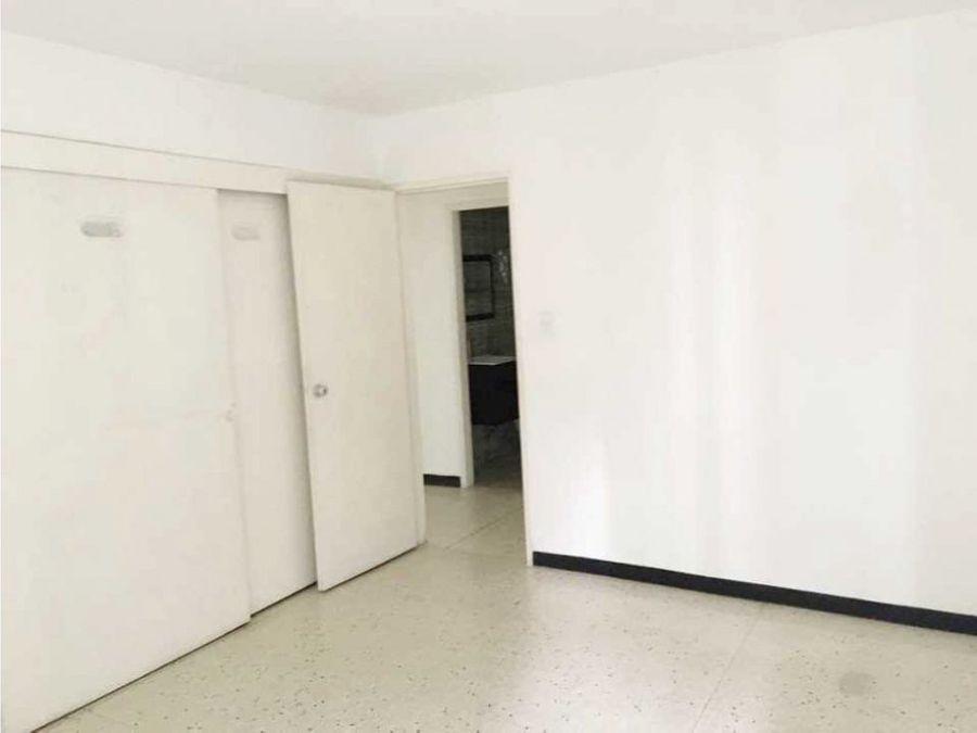 venta de apartamento en los palos grandes de 144 m2 con pozo de agua