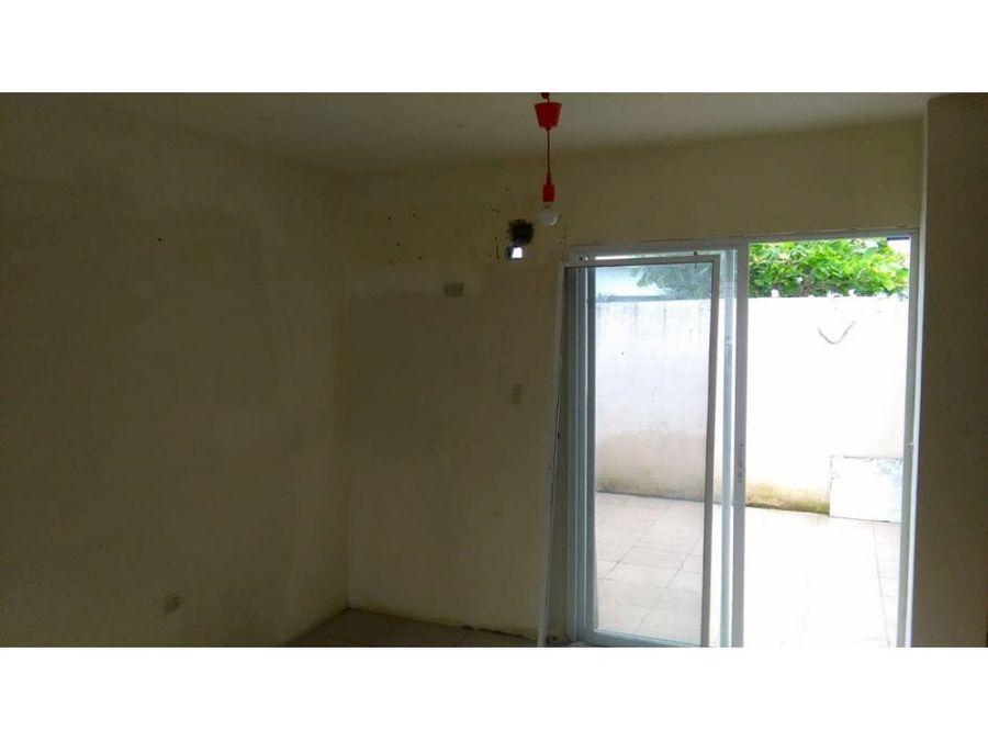 venta de casa en urbanizacion malaga 2