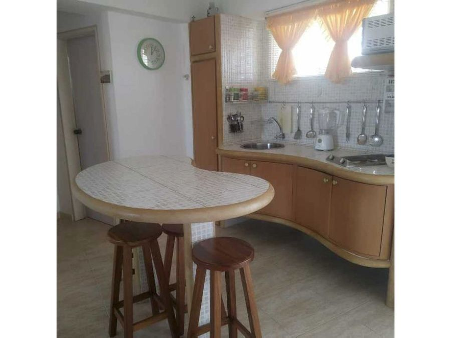 venta excelente apartamento de playa en higuerote