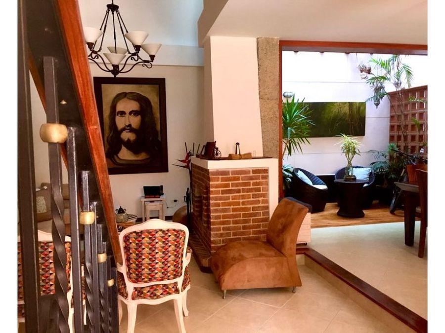 venta hermosa casa sector san jose sabaneta