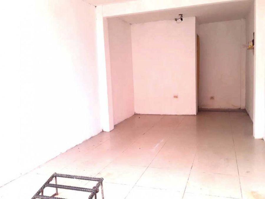 venta casa esquinera comercial rentera av principal cdla mucho lote