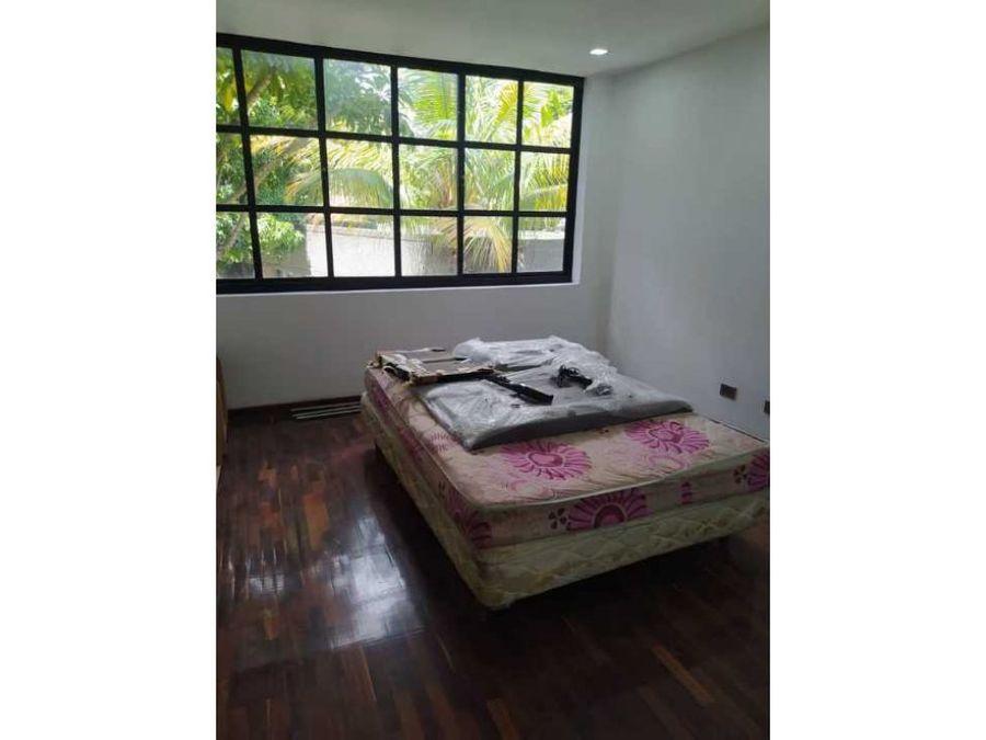 vendoalquilo apartamento 228m2 3hs2bs3p los chorros 2070