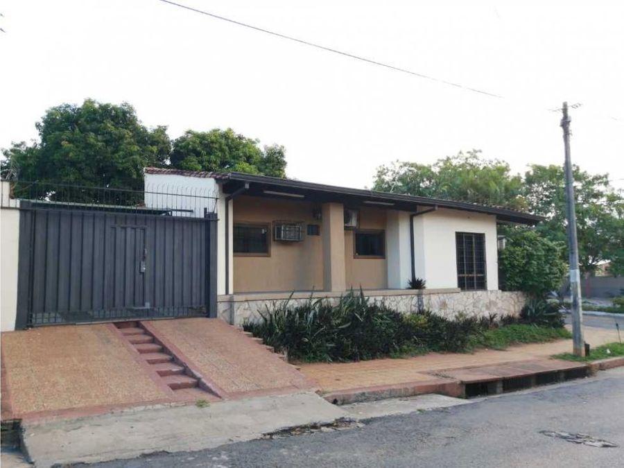 vendemos casa sobre bruno guggiari