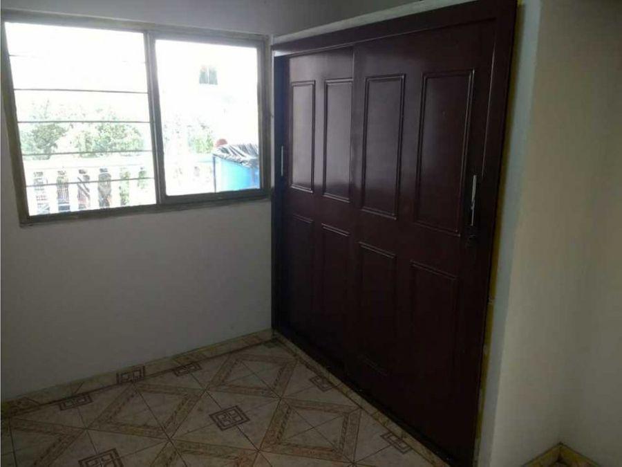 vendo casa en el sur de cali barrio panamericano 3 pisos independient