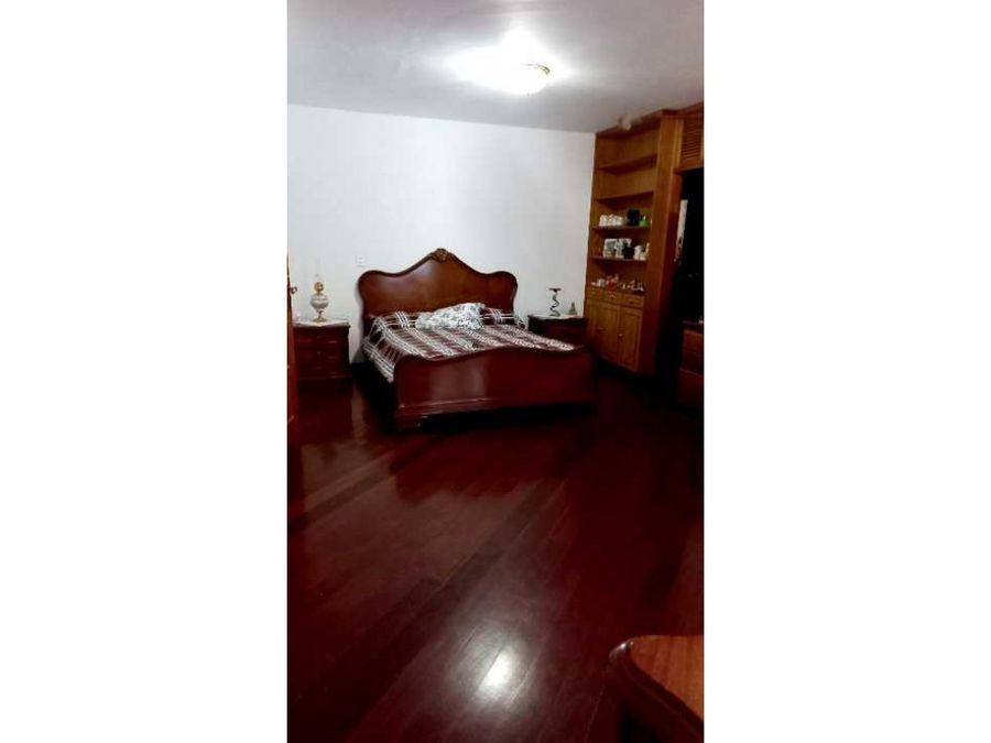 vendo casa 980m2 9hs65bs4pe cumbres de curumo 4202