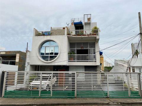 vendo en cartagena casa de 2 pisos en manga