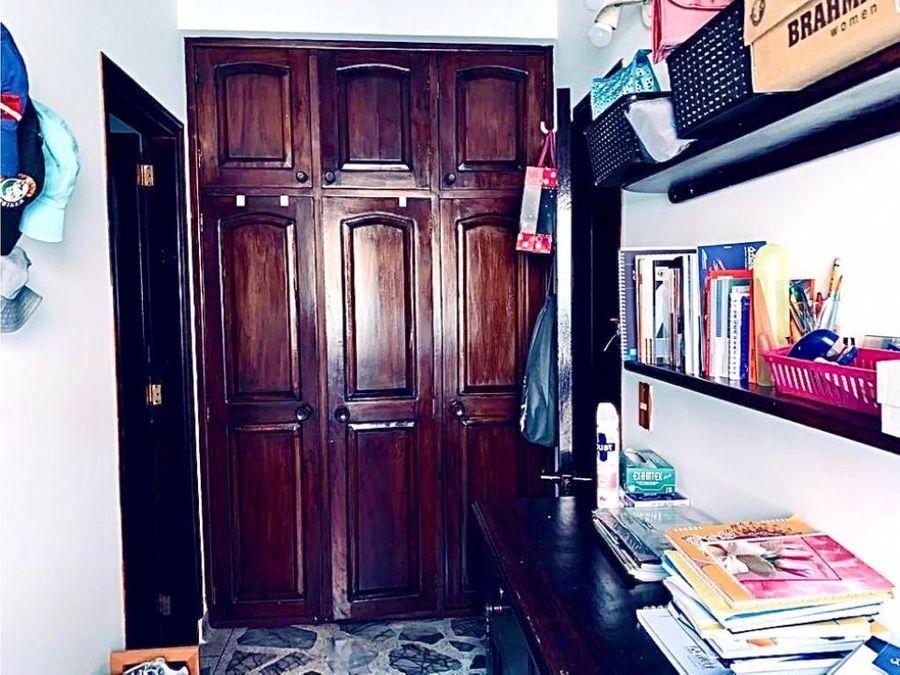 vendo hermosa casa sector la doctora sabaneta