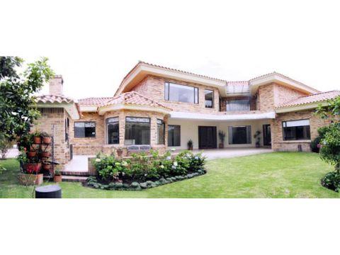 bajo de precio de venta casa en hacienda san simon