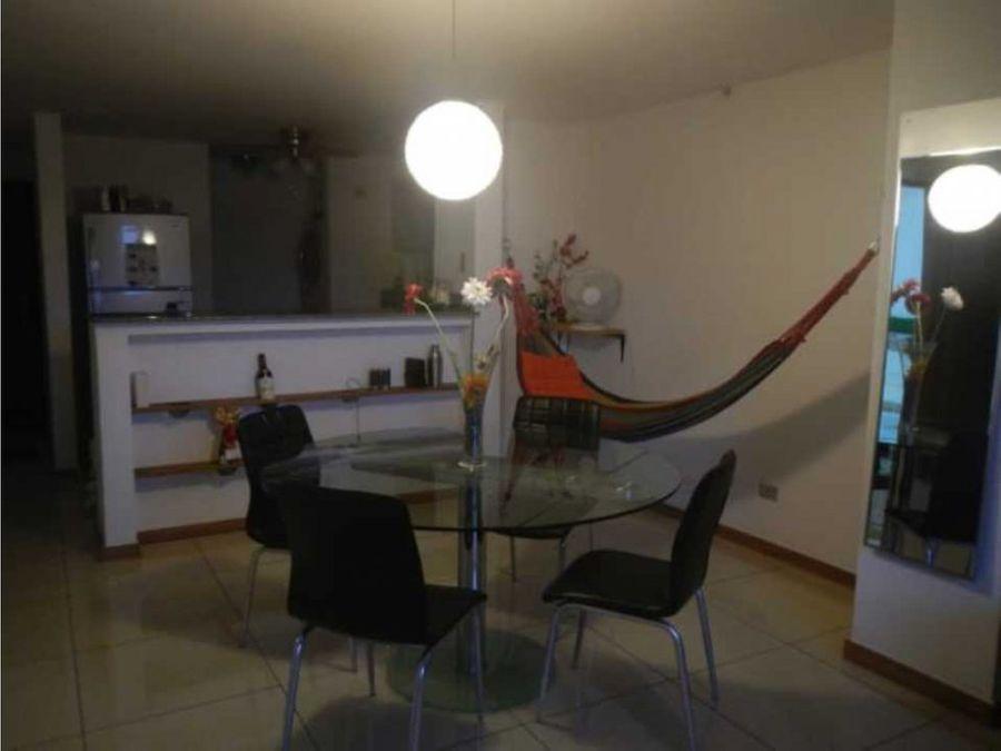 alquiler apartamento amoblado en condado del rey