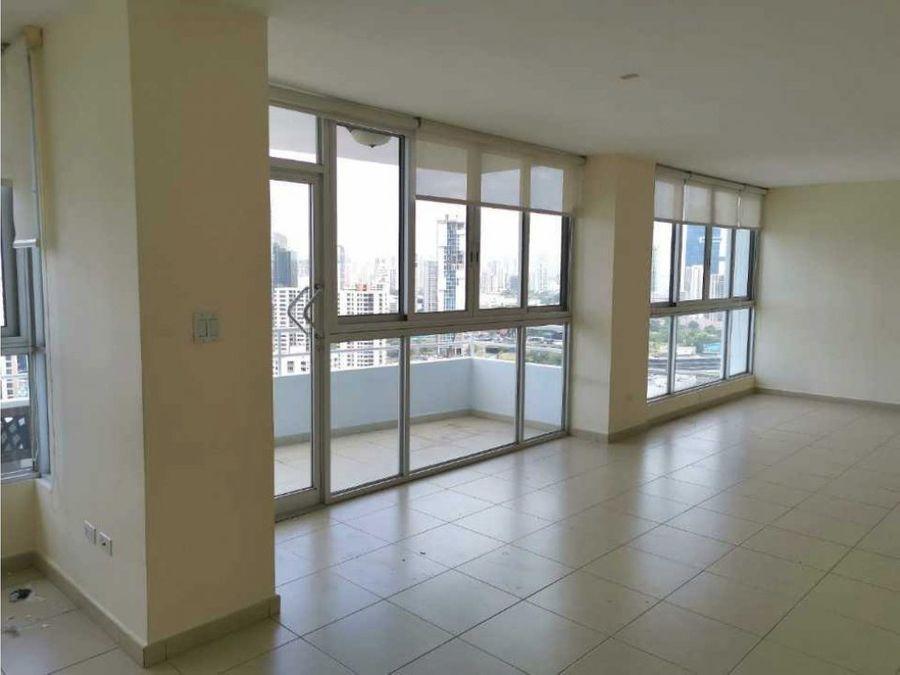 alquiler apartamento en marbella linea blanca 3 recamaras 244m2