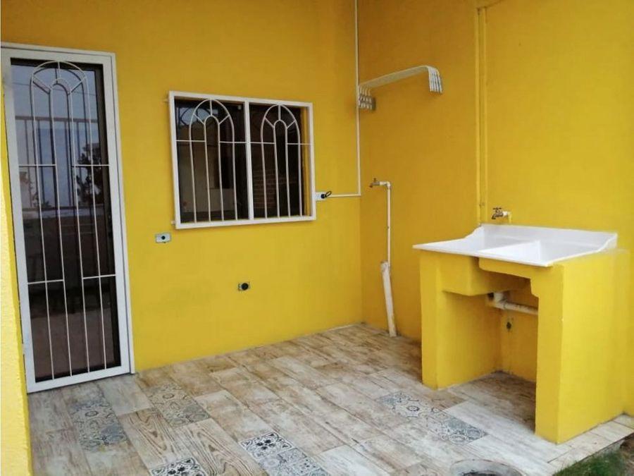 alquiler de casa en san antonio de escazu