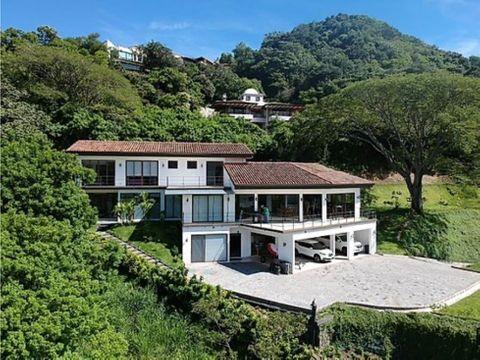 alquiler de casa y aptosanta ana cond villa real