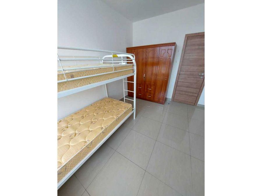 alquilo apartamento amoblado en el carmen ph venezia tower 800 jh