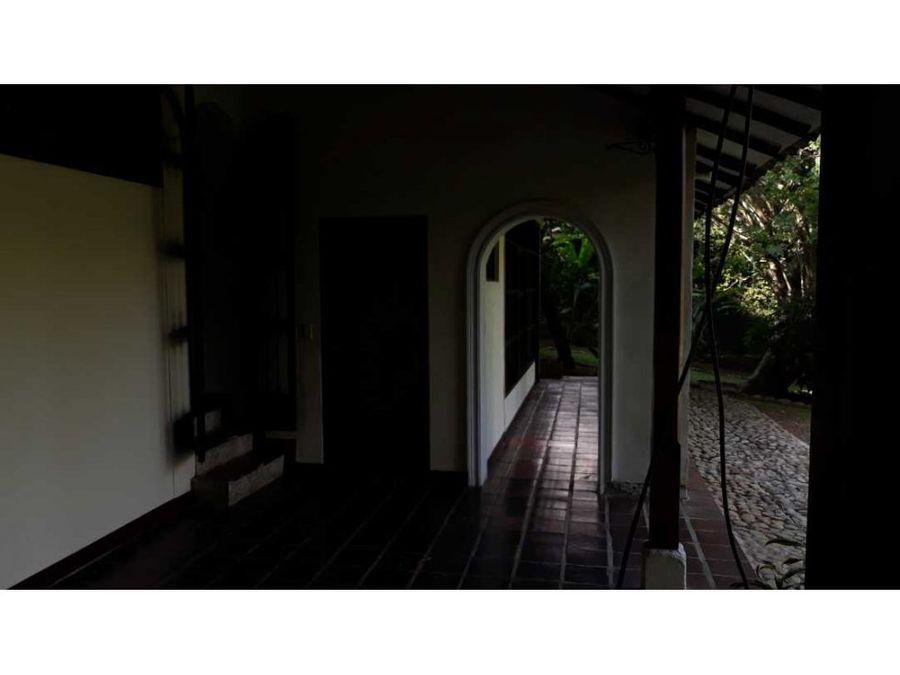 casa para alquiler en el sur de cali barrio ciudad jardin 1500 metro