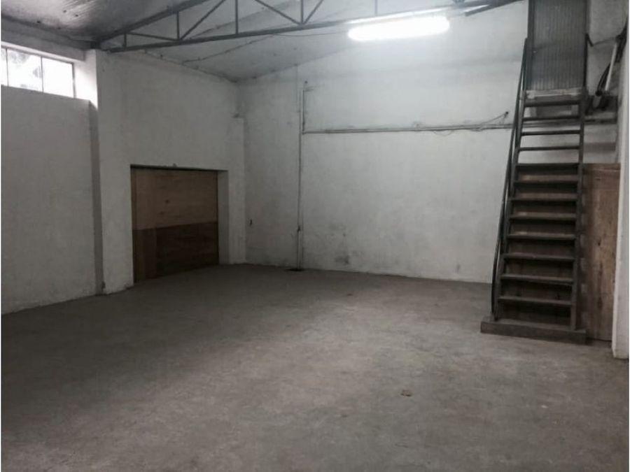 alquilo deposito de 143 m2 zona artigas