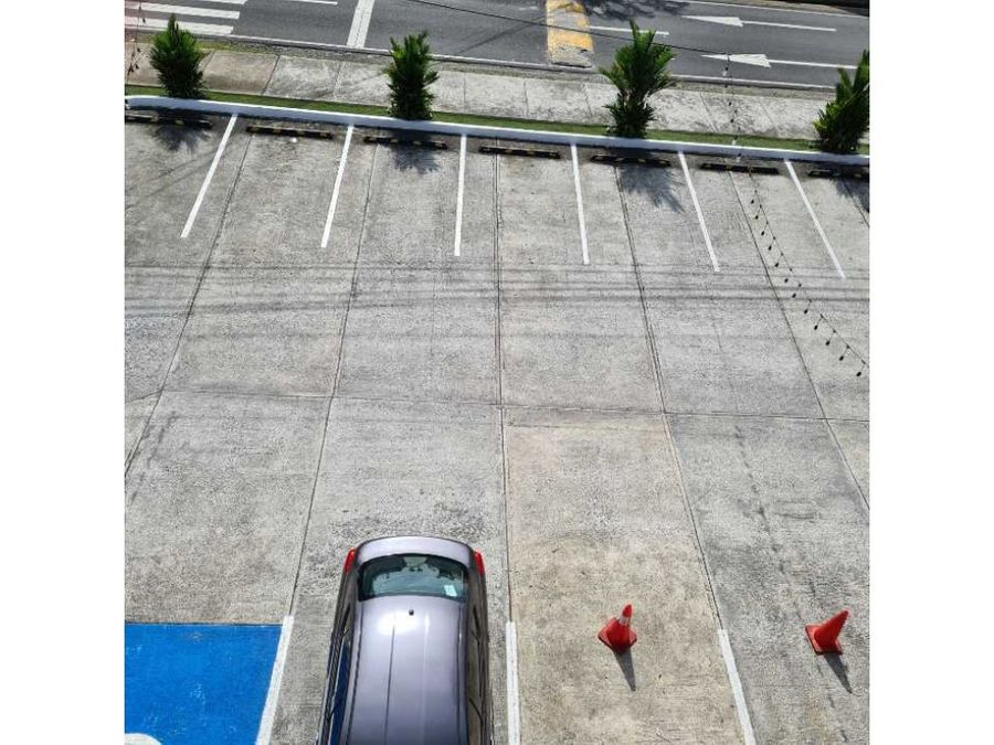 alquilo local en plaza estacionamientos san francisco