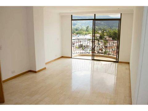 amplio apartamento en la castellana