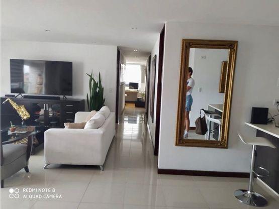 amplio y moderno apartamento en zuniga envigado