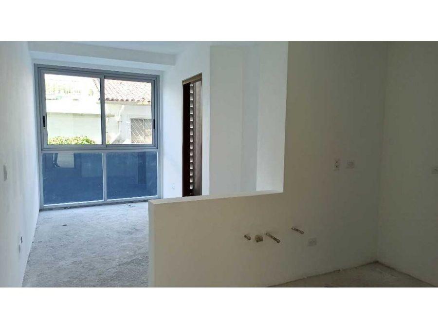 apartamento a estrenar en los naranjos de las mercedes 169 m2