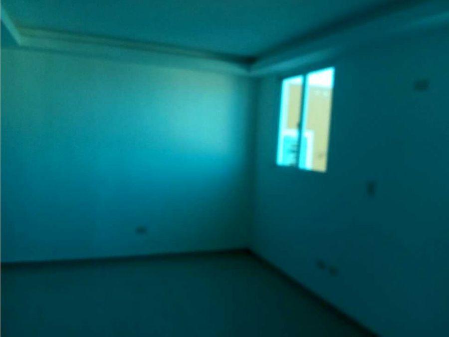 apartamento con terraza en la pista de san isidro