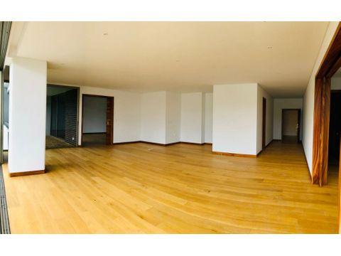 apartamento en venta acantos de cayala 3 habitaciones con jardin