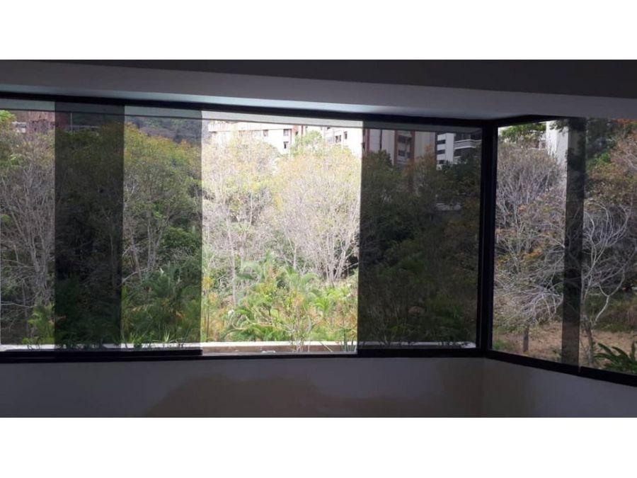 apartamento en venta en terrazas del avila amplio e iluminado