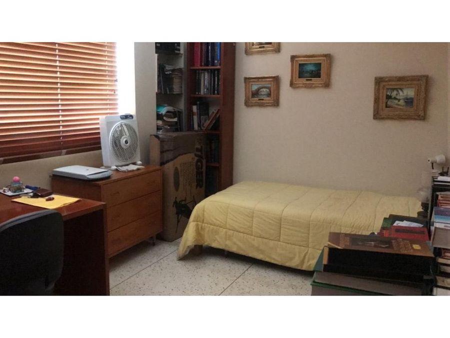 apartamento en venta en cumbres de curumo
