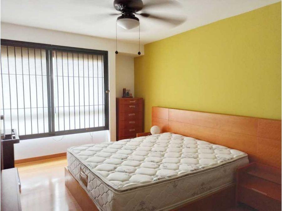apartamento en venta en los cortijos de loma linda