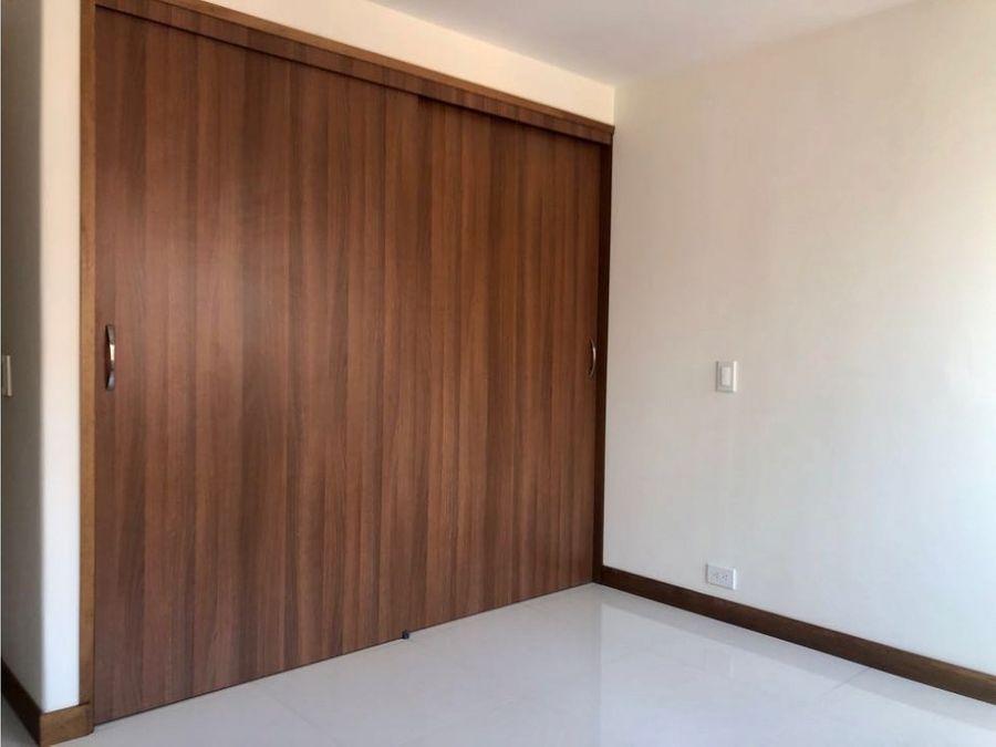 apartamento en venta oviedo medellin