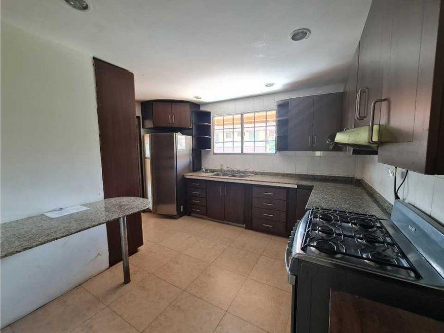 apartamento en alquiler en albrook ligia