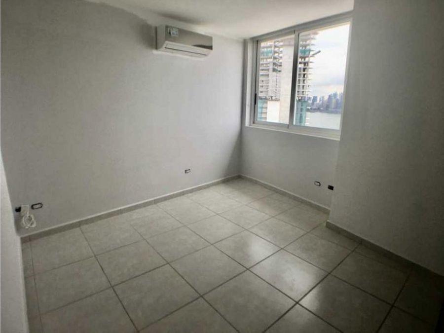 apartamento en alquiler en la avenida balboa