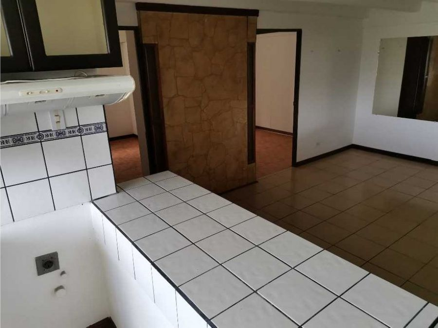 apartamento en venta en moravia torres condominio topacio jpk