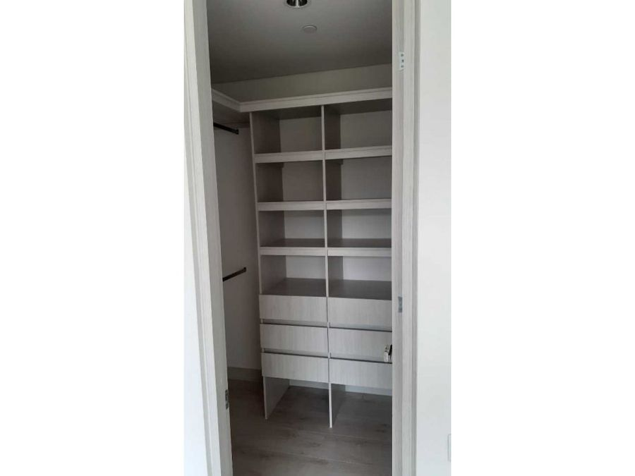 apartamento nuevo loma del chocho con intermedia