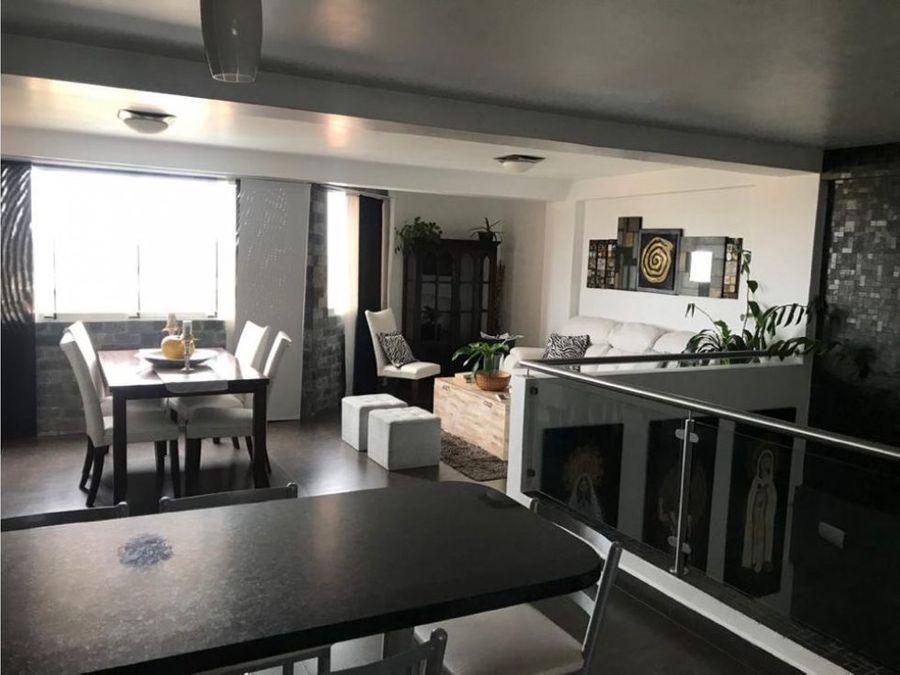 bello apartamento en venta duplex en estupenda zona con vigilancia