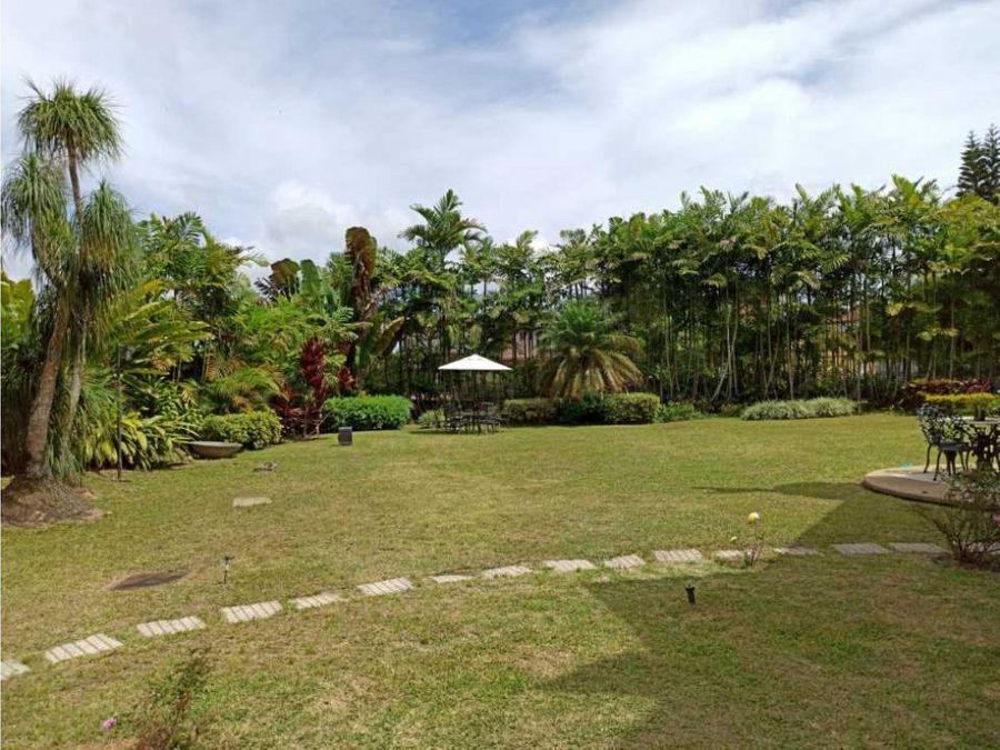 casa de lujo en la lagunita country club