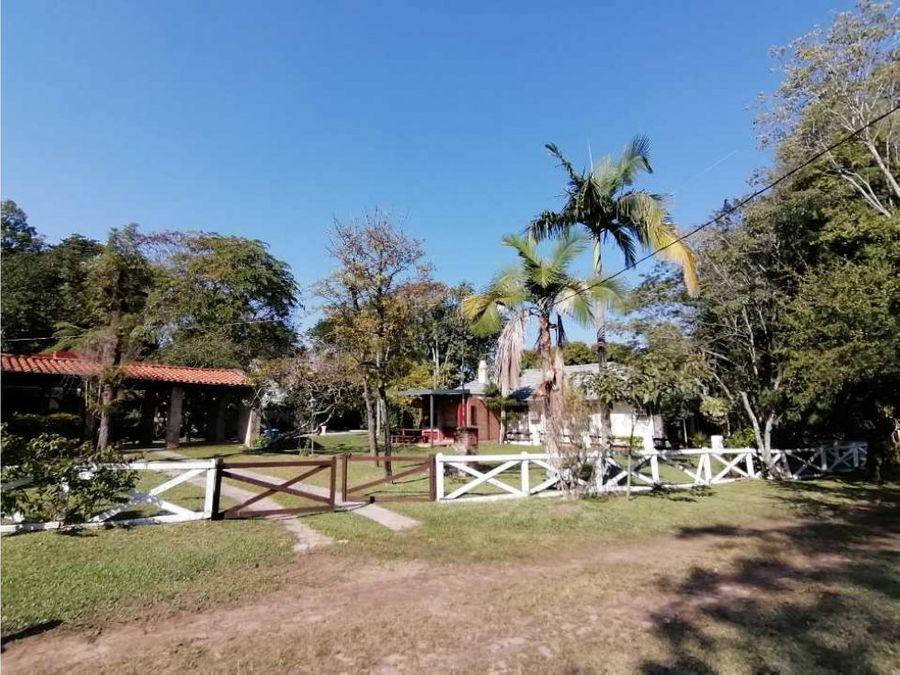 casa en medio de la naturaleza y el lago de 1024m2