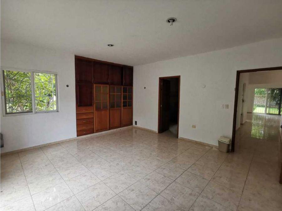 casa en venta o renta en avenida 69 de dzitya en esquina