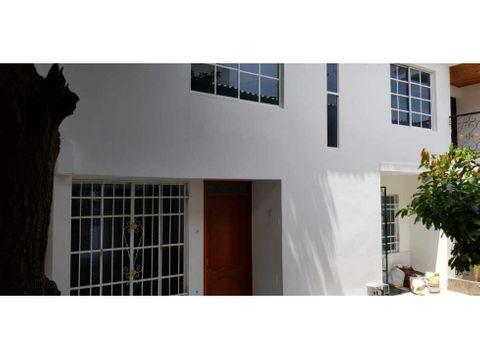 casa en venta con apartamentos santa marta