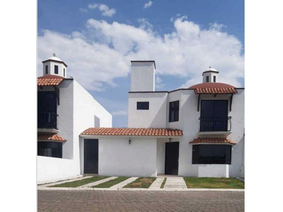 casa en venta en metepec en privada de 11 casas