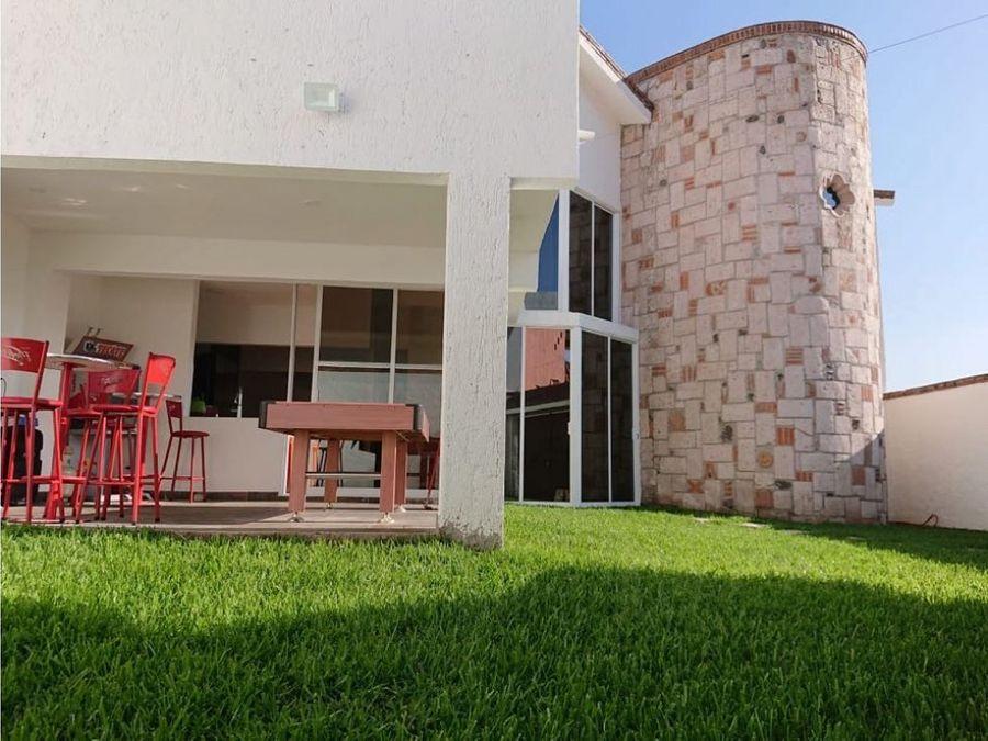 casa en venta en jiutepec en lomas acapantzingo