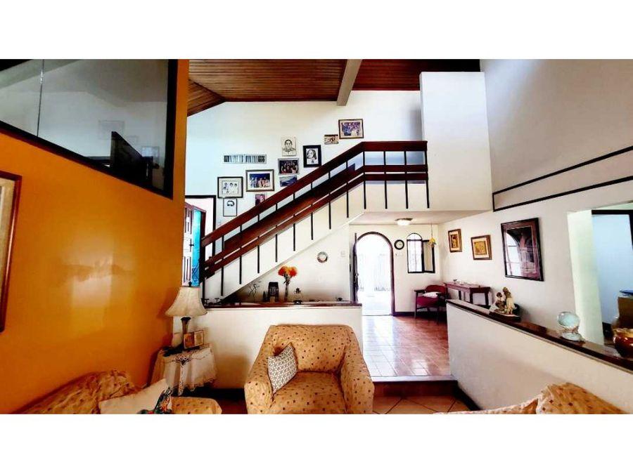 ca 030 casa en venta urdesa norte