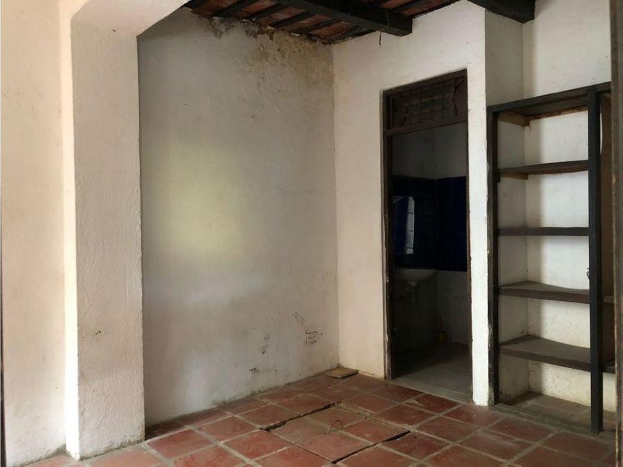casa esquinera ideal para negocio