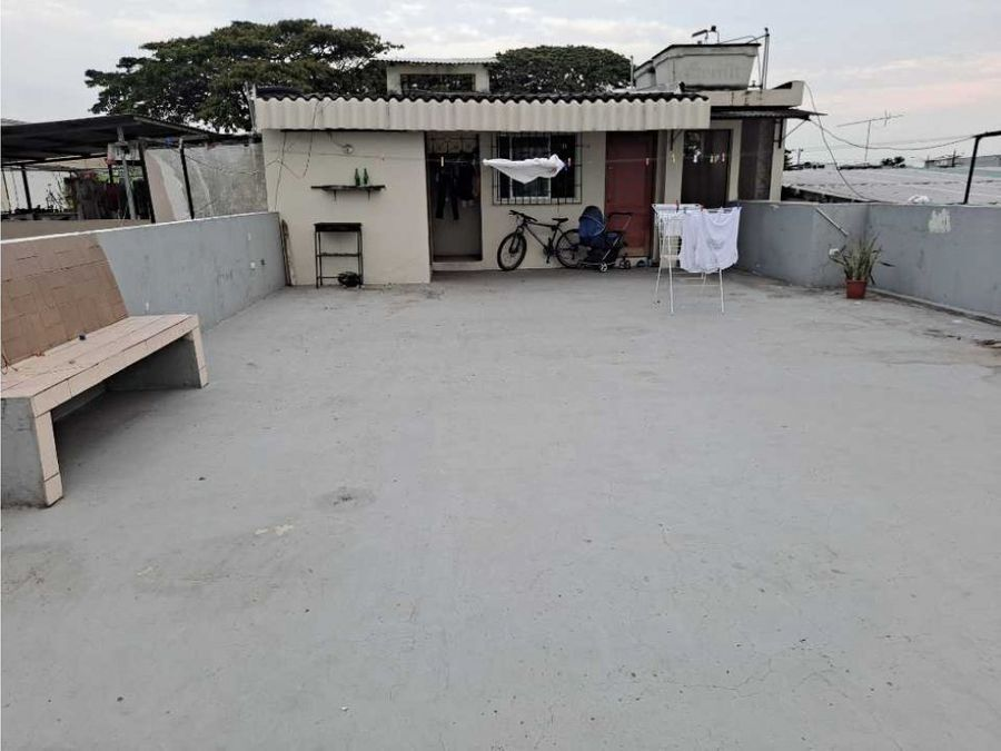 casa rentera en sauces 1 frente a la garzota norte de guayaquil