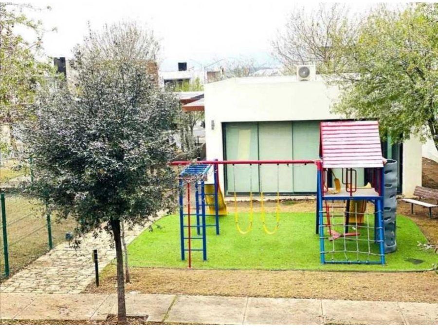 casa venta en cumbres san patricio frente a parque muy equipada
