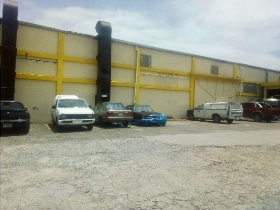complejo de naves industriales en venta en herrera