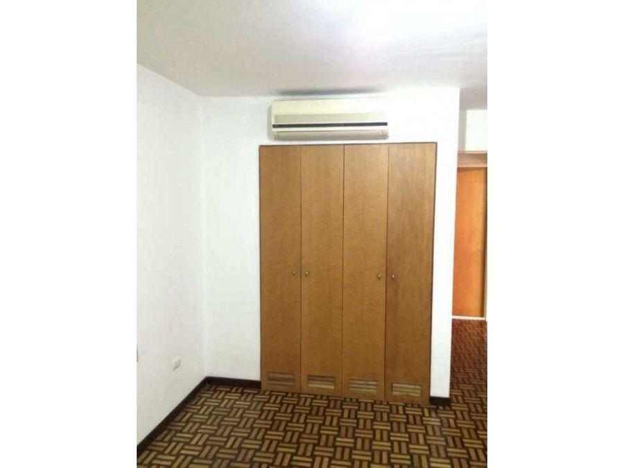 comodo apartamento en alquiler en sebucan