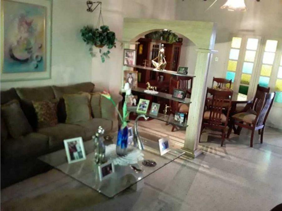 en venta casa quinta en turmero estado aragua