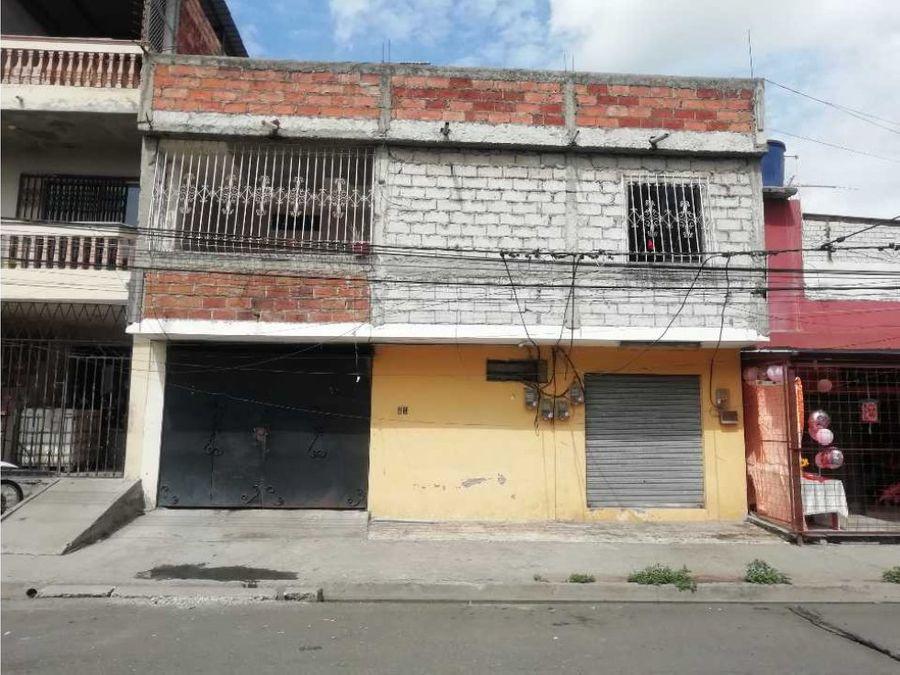 en venta casa rentera sector comercial en canton duran